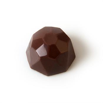 Praline ganache met cointreau - omhulsel in fondantchocolade